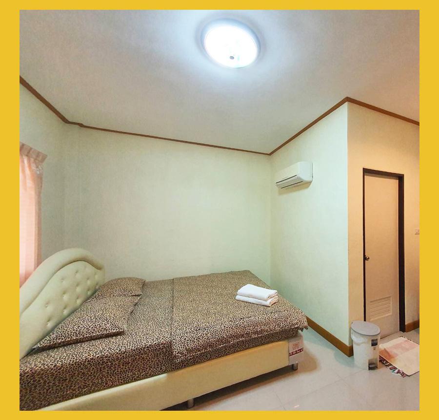 ห้องพักเตียงเดี่ยว เรือนสำราญรีสอร์ท สวนผึ้ง
